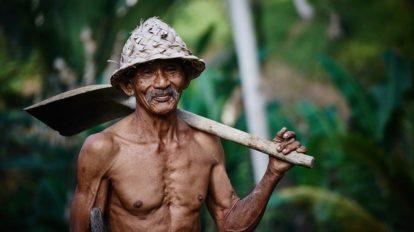 weight-training-elderly