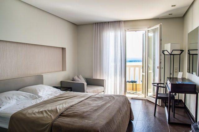 comfortable-room